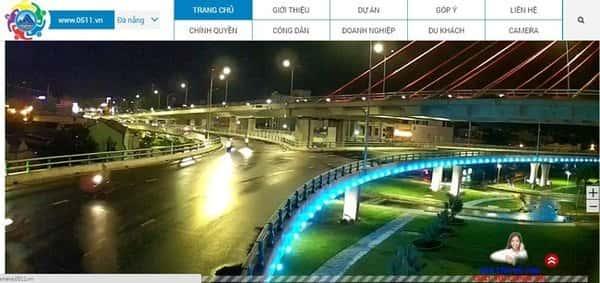 Xem camera tại cầu vượt ngã ba Huế ban đêm
